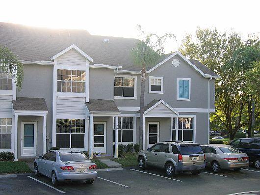 Duplex de dos pisos, dos dormitorios y 129 metros cuadrados