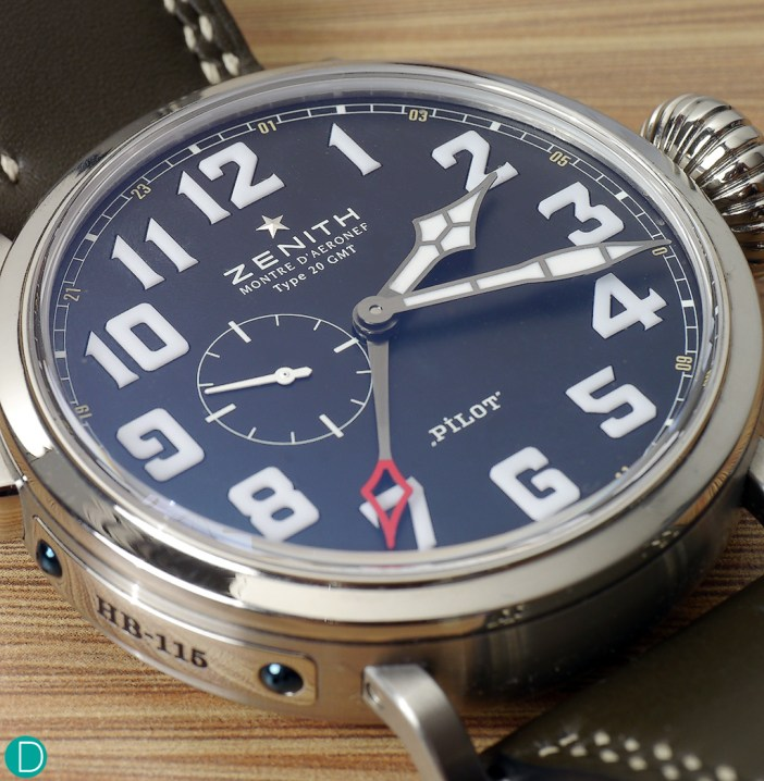 The dial layout is very legible, with a clear reference to the flight instruments Zenith used to make in the turn of the century.