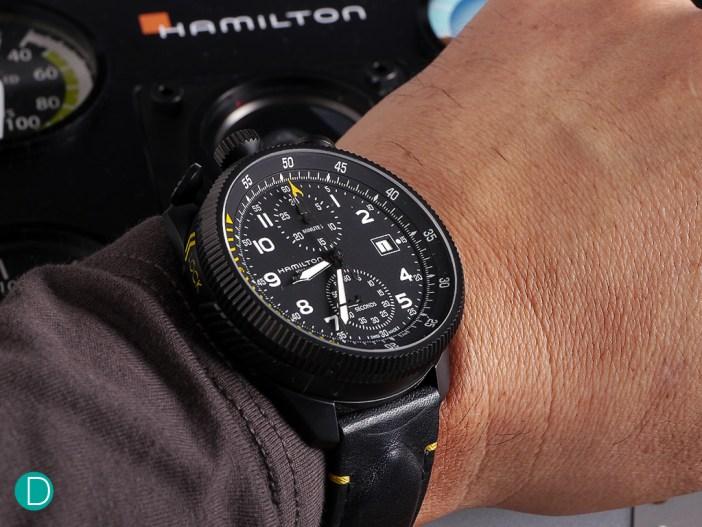 khaki-takeoff-set-wristshot