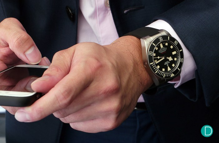 On the wrist the 42mm case diameter looks hefty, but not out of place in a suit in a corporate environment. The build quality of the Pelagos means it can also easily find a home with a wet suit.