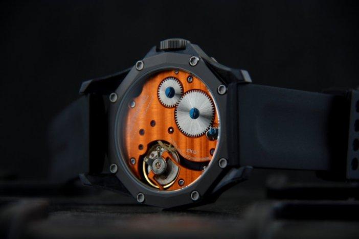 EX001-orange2