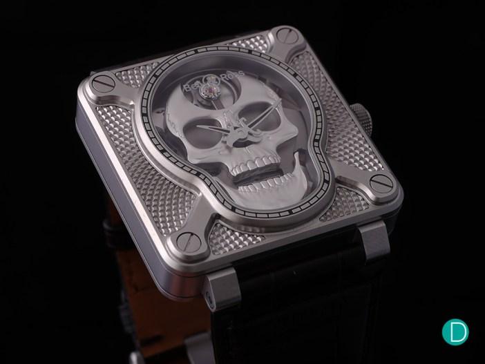 Bell&Ross BR 01 Laughing Skull oblique crown