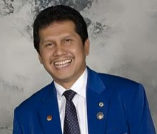 Asman Abnur asal Pariaman, Sumatera Barat dipercaya Jokowi sebagai Menpan RB,