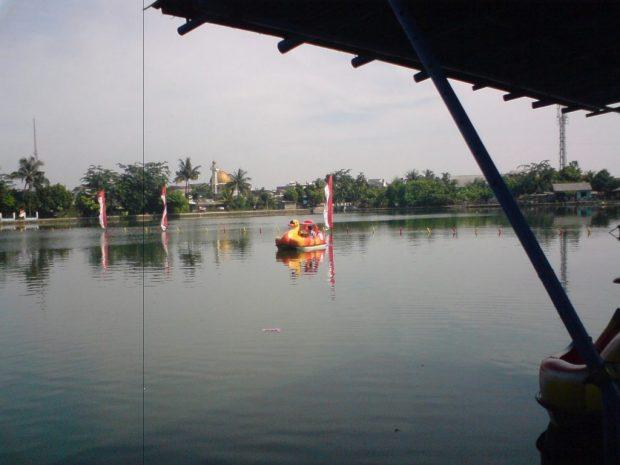 Wisata air di Kota Depok.