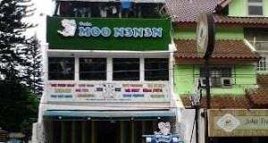 Kafe MO N3N3N di Depok ini bikin heboh dan walikota diminta segera bertindak.