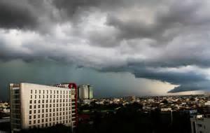 Waspadai cuaca ekstrim seminggu ke depan.