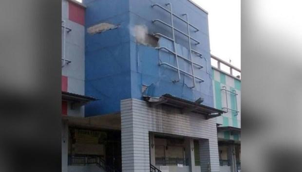 Inilah Mall Atrium Pondokgede yang sempat rusak akibat ledakan dahsyat.