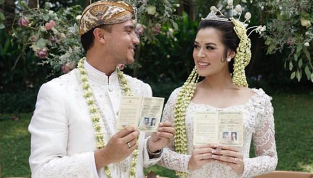 Raisa akhirnya resmi menjadi seorang istri. Tampilannya saat akad nikah mendapat banyak pujian.