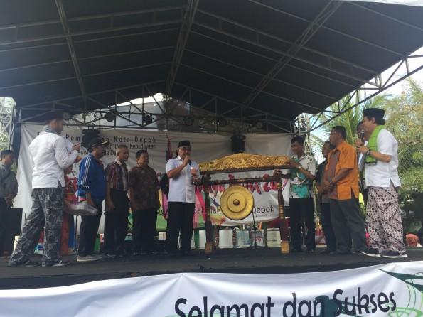 Pemkot Depok menggelar pentas kreativitas seni budaya yang diikuti sejumlah sanggar di Kota Depok.