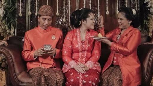Presiden Jokowi hari ini akan menggelar akad nikah dan resepsi pernikahan putrinya di Solo.