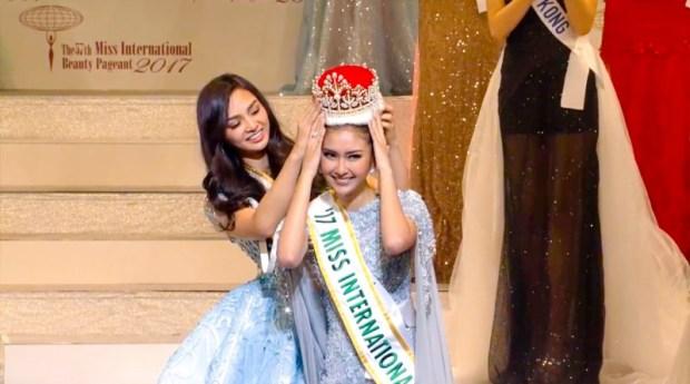Ini mojang parahiyangan yang dinobatkan sebagai Miss Internasional.