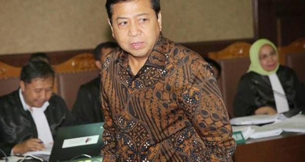 Setya Novanto divonis 15 tahun penjara.