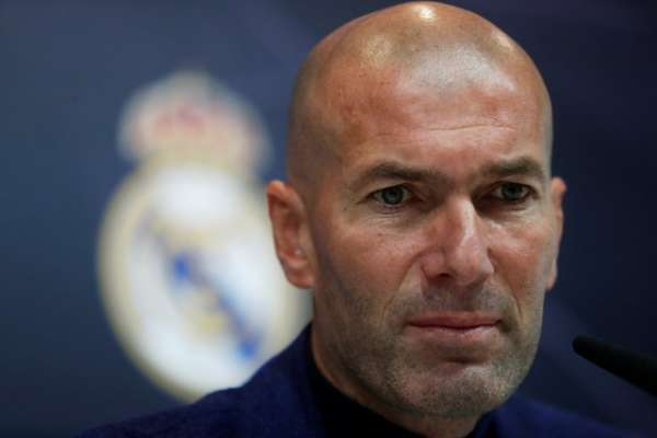Zidane, pelatih bentangan dingin itu kini tidak lagi pelatih Real Madrid$