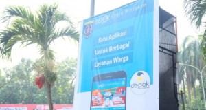 Diskominfo meluncurkan aplikasi Depok Single Window untuk mempermudah pelayanan kepada masyarakat.