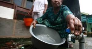 Sebagian wilayah Kecamatan Sawangan sudah dilanda kekeringan.  Air sumur sudah kering.