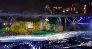 Panggung acara pembukaan Asian Games sangat spektakuler.