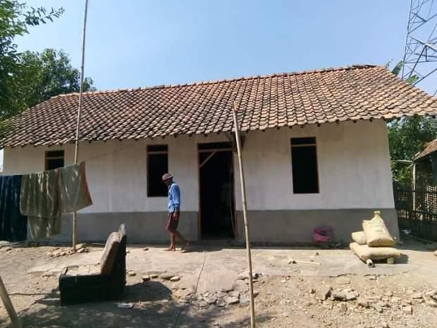 Sebanyak 65 rumah tidak layak huni di Bojongsari diperbaiki.