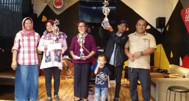 Inilah para pemenang lomba karaoke yang selenggarakan di Kampung Belang Cafe Resto Bojongsari.