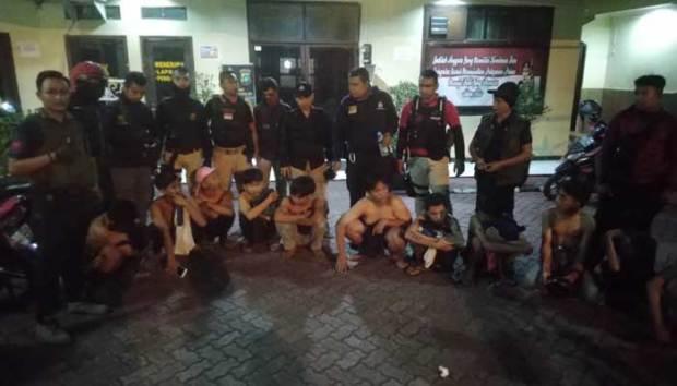 Belasan remaja Sawangan diamankan polisi karena hendak tawuran.