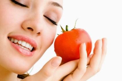 hilanhkan wajah berminyak dengan buah-buahan