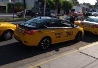 En Colima, baja la solicitud de servicio de taxi por COVID-19