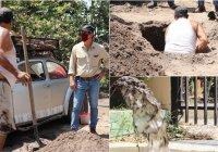 Atiende el precidente Elías Lozano, queja por azolve de tuberías de agua potable en Cofradia de Morelos.