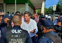 Policías municipales exigen al alcalde de Tecomán que revise irregularidades y actúe conforme a derecho