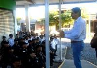 Policías de Tecomán harán paro de labores mañana martes; denuncian discriminación por parte del Alcalde