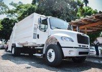 Ayuntamiento de Colima adquiere camiones compactadores de basura.