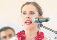Tras polémica, Beatriz Gutiérrez baja tuit sobre niños con cáncer