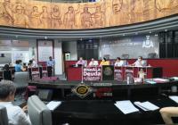 Intensa sesión en el Congreso del Estado por la solicitud de crédito; decretan receso