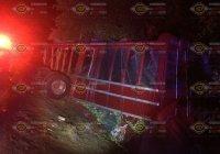 Fuerte accidente en Armería, a la altura de Cuyutlán, se reporta un lesionado leve