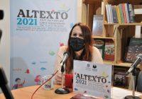 Un libro es el sistema nervioso del conocimiento: Elba Sánchez