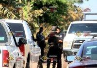 Localizan tres cadáveres al interior de un vehículo en una brecha en Sta. Rita, Manzanillo