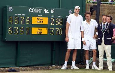 John Isner y Nicolas Mahut disputaron en Wimbledon 2010 el partido más largo de la historia: 11 horas y cinco minutos.
