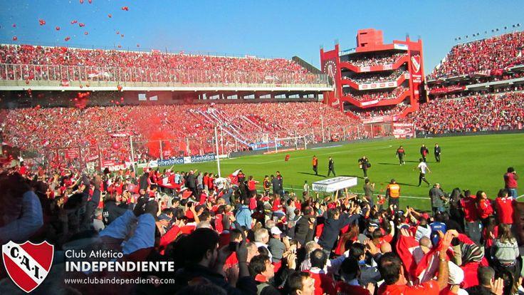 """El estadio de Independiente es conocido como """"el infierno rojo""""."""