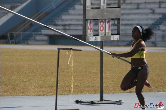Yarisley Silva logra récord nacional (4.81m) en Copa Cuba 2013