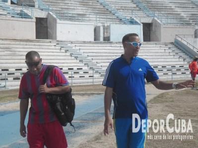 Barbaro Diaz y Luis Alberto Pinillo_Entrenadores de Salto de altura_Foto by Deporcuba