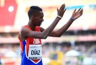Momentos del record de Jordan Díaz en el salto triple