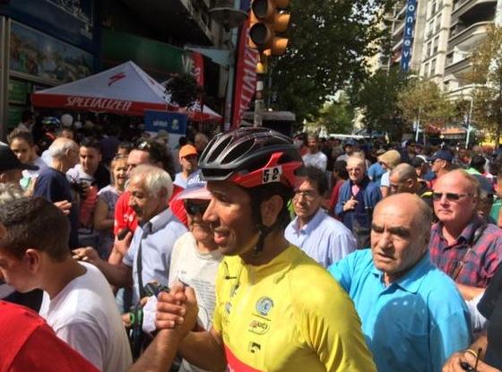 """Panamericanos Toronto 2015: Ciclista chileno Carlos Oyarzún es expulsado tras arrojar """"no negativo"""" en doping"""