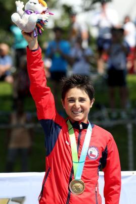 Bárbara Riveros, campeona panamericana en triatlon. Foto: Ministerio del Deporte.