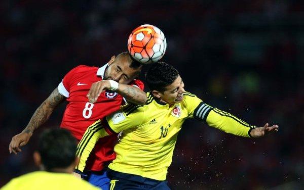 La Roja se fue diluyendo de a poco y salvó un sufrido empate ante Colombia