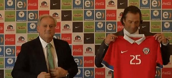 """Juan Antonio Pizzi fue presentado como DT de La Roja: """"Con la ayuda de todos, este equipo seguirá siendo protagonista"""""""