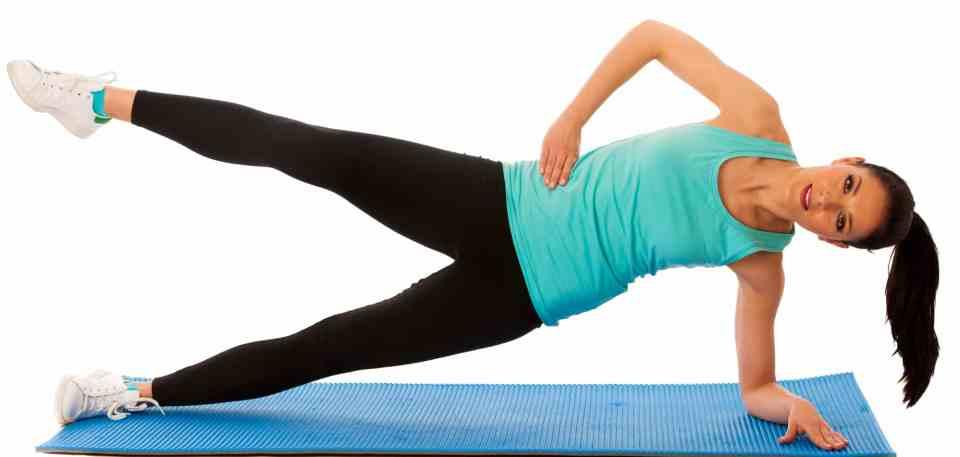 elevaciones de piernas laterales