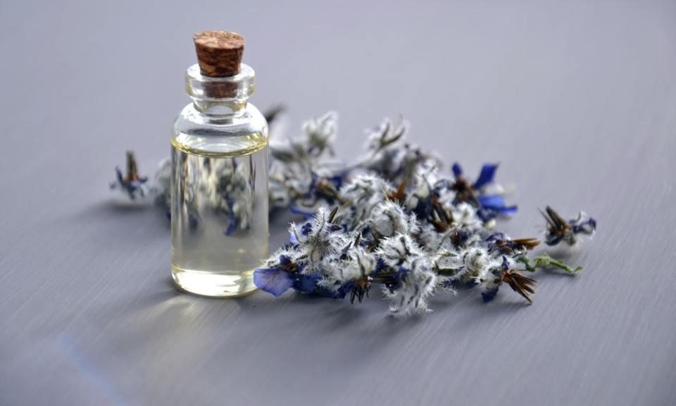 Aceite esencial para aromaterapia
