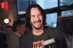 Famoso fan reporta lindo momento con Keanu Reeves