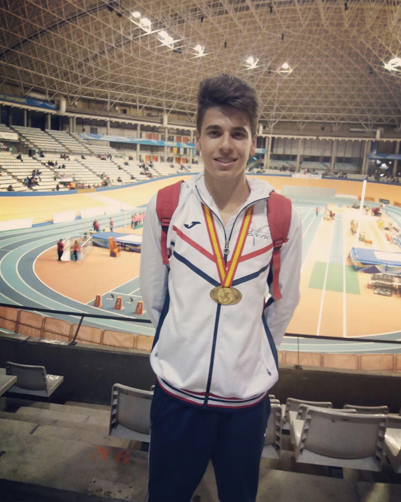 Raúl Camacho se proclama campeón de España Junior en Triple Salto