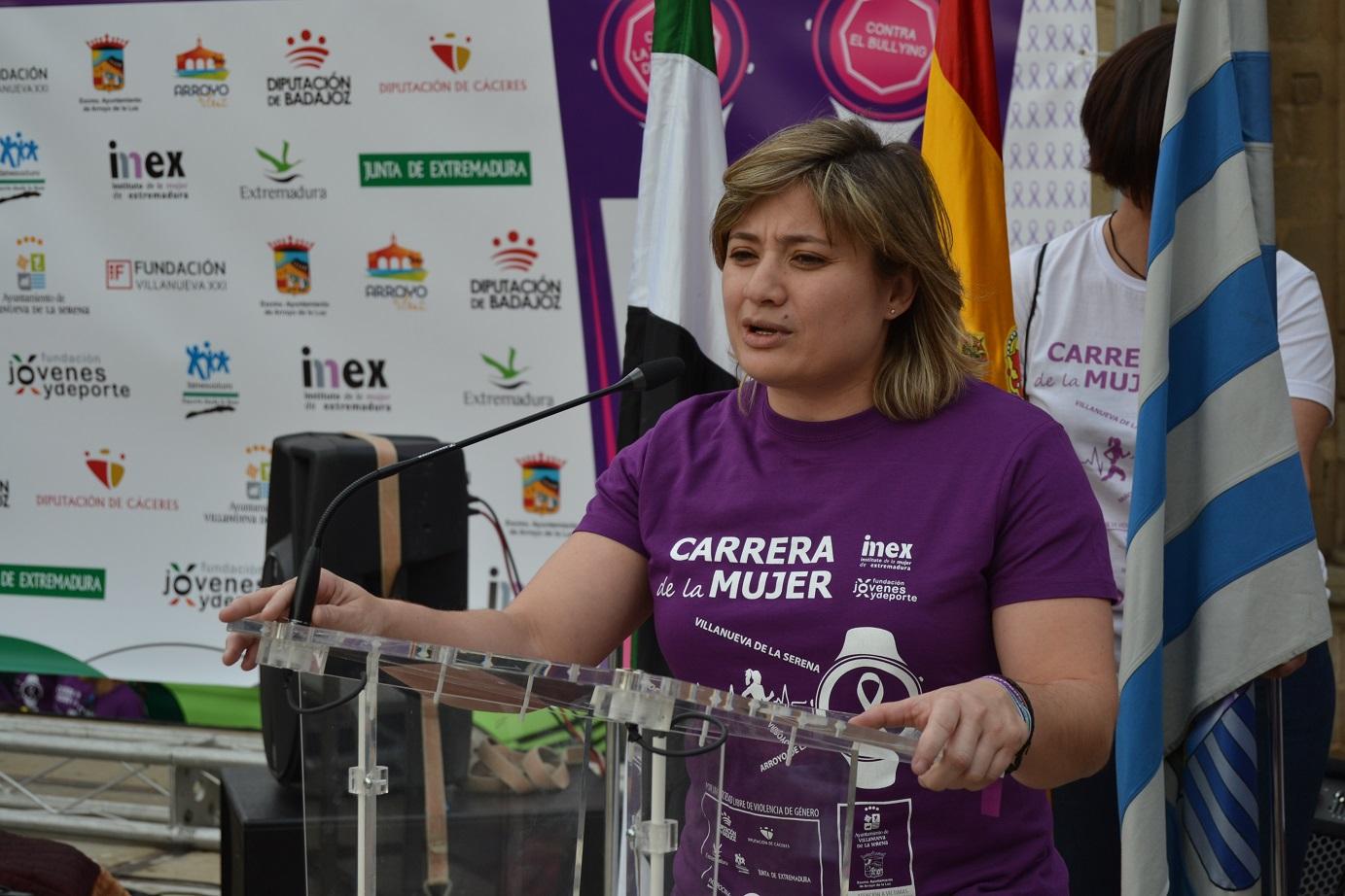 directora general de Deportes, Conchi Bellorín - Carrera de la Mujer 2017 de Villanueva de la Serena