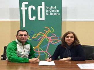 El Club Voleibol Nuestra Señora de la Luz y la Uex reafirman su colaboración un año más