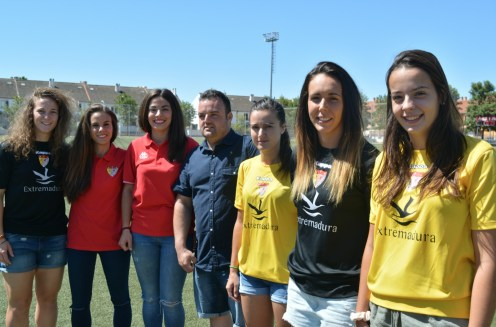 El Santa Teresa Badajoz inicia los entrenamientos y presenta a los fichajes (2)